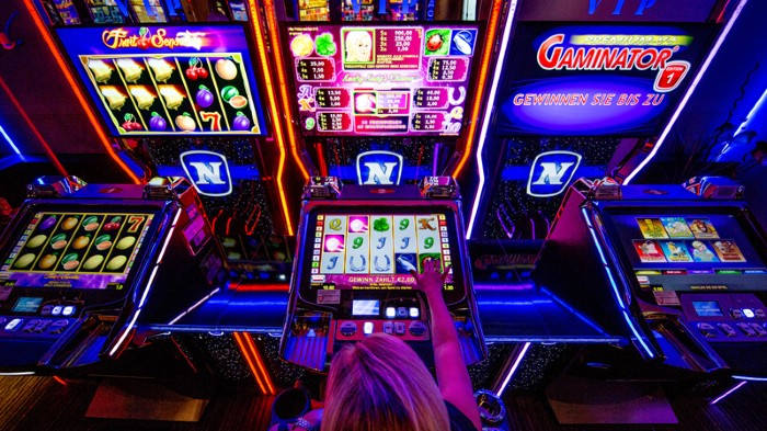 What are the best online casino games for beginners?